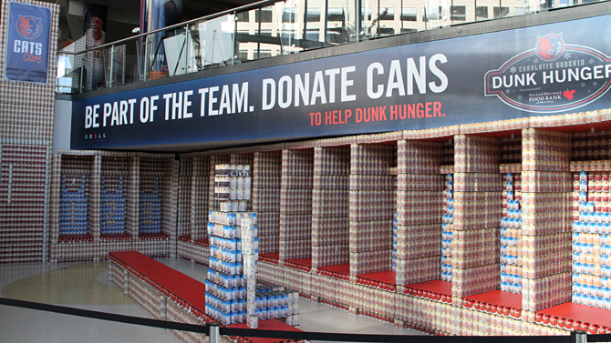 Charlotte Bobcats Ready to Dunk Hunger