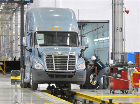 Daimler Trucks To Add 1,200 Jobs In Greater Charlotte Region