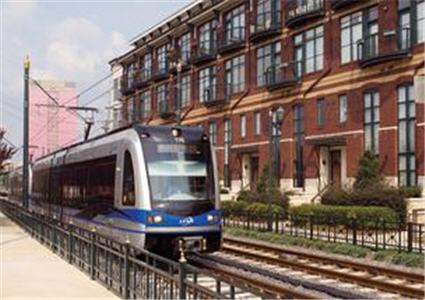 Charlotte Breaks Ground On Light Rail Extension To UNCC